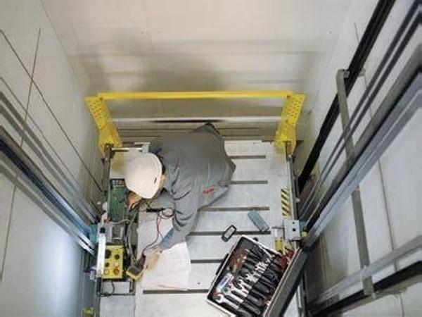 Vì sao cần phải kiểm định thang máy định kỳ